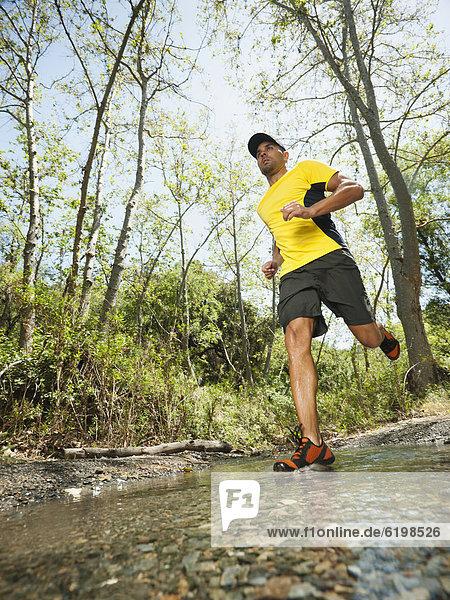 Mann  rennen  mischen  Mixed