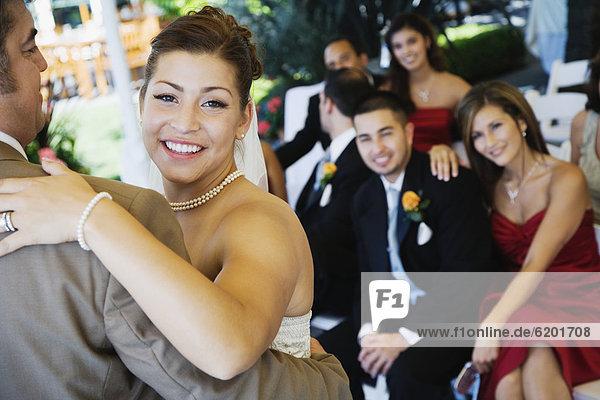 Braut  Menschlicher Vater  Hispanier  tanzen