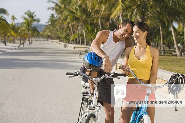 nehmen  ruhen  Hispanier  Fahrrad  Rad  Pause  Rest  Überrest