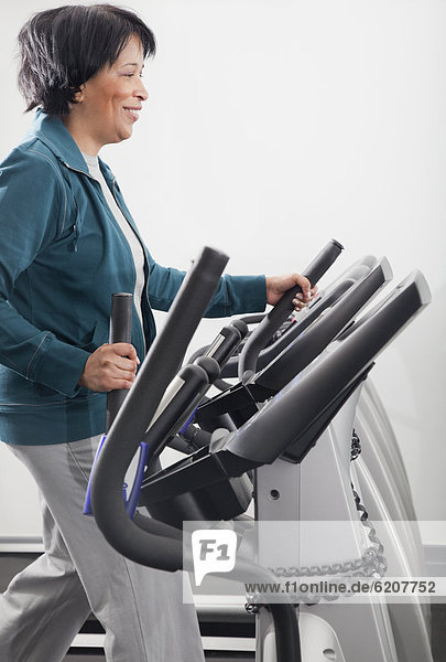 benutzen , Frau , Gesundheit , Verein , Laufband