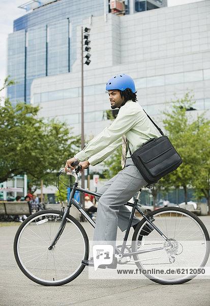 Mann  fahren  Großstadt  mischen  Fahrrad  Rad  Mixed