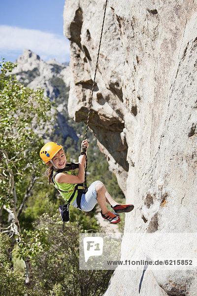 Felsbrocken  mischen  Mädchen  klettern  Mixed
