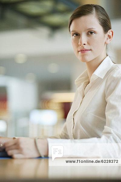 Porträt einer Geschäftsfrau im Büro