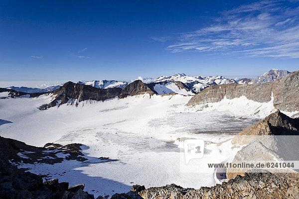 Aussicht beim Aufstieg zum Hohen Angulus  Ortlergebiet  hinten der König  Südtirol  Italien  Europa