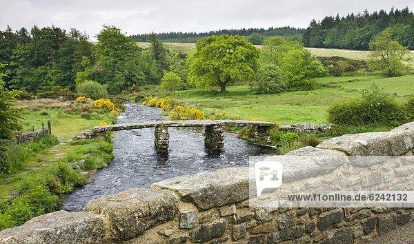 Europa  Großbritannien  über  Brücke  Fluss  2  antik  Klöppel  Devon  England