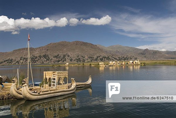 The floating islands of the Uros people  Lake Titicaca  Peru  South America