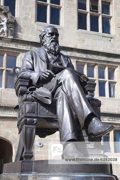 Statue of Charles Darwin outside Public Library  Shrewsbury  Shropshire  England  United Kingdom  Europe