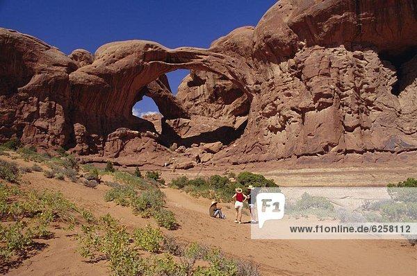 Vereinigte Staaten von Amerika  USA  Nordamerika  Arches Nationalpark  Double Arch  Utah