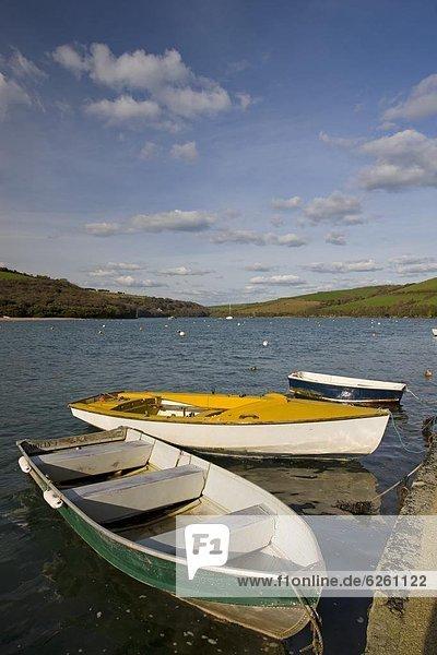 Mündung  Gewässer  Europa  Großbritannien  Boot  vertäut  Fluss  England