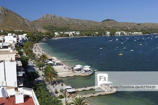 View over resort and bay  Port de Pollenca (Puerto Pollensa)  Mallorca (Majorca)  Balearic Islands  Spain  Mediterranean  Europe