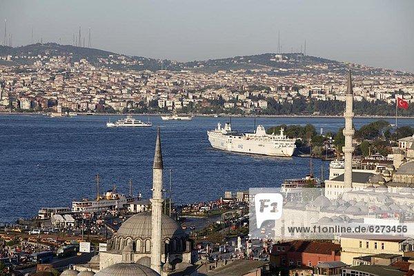 Bosphorus view  Istanbul  Turkey  Europe
