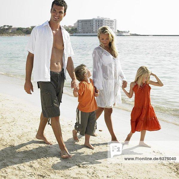gehen , Strand , Menschliche Eltern