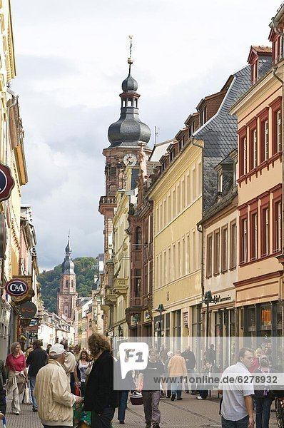 Europa  Straße  Kirche  Kirchturm  Altstadt  Baden-Württemberg  Deutschland  Heidelberg  Providence