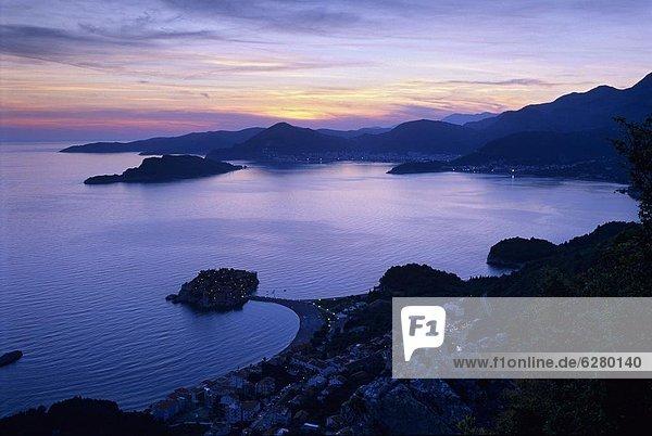 Europa  Sonnenuntergang  über  Bucht  Montenegro