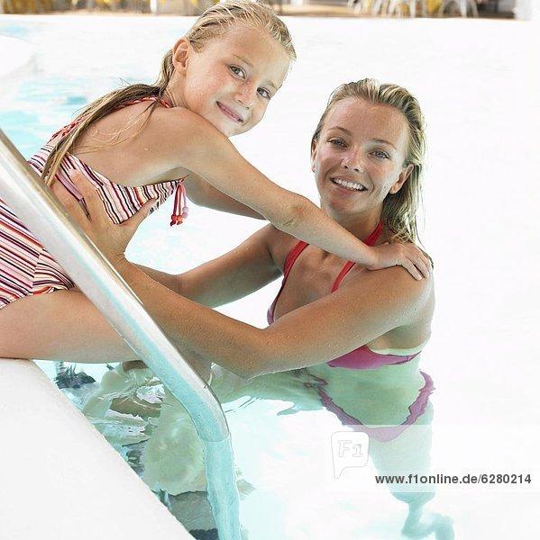schwimmen  Tochter  Mutter - Mensch