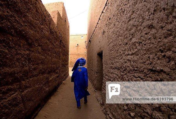 Nordafrika Wohnhaus gehen Stadt Afrika Marokko