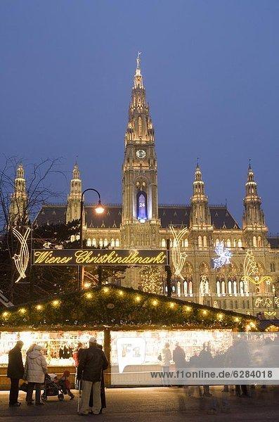 Wien  Hauptstadt  Europa  Halle  Stadt  Weihnachten  Österreich  Christkindlmarkt  Markt  Dämmerung Wien, Hauptstadt ,Europa ,Halle ,Stadt ,Weihnachten ,Österreich ,Christkindlmarkt ,Markt ,Dämmerung