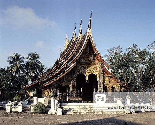 bauen  fünfstöckig  Buddhismus  König - Monarchie  Südostasien  UNESCO-Welterbe  Vietnam  Asien  Laos  Luang Prabang