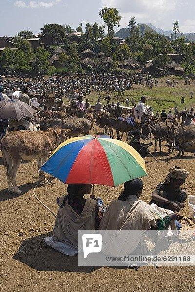 Mensch  Tag  Menschen  gehen  Handel  Wahrzeichen  Woche  Afrika  Äthiopien  Markt