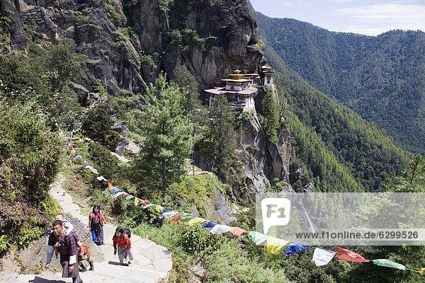 Taktsang Goemba (Tiger Nest) Kloster  Paro  Bhutan  Asien