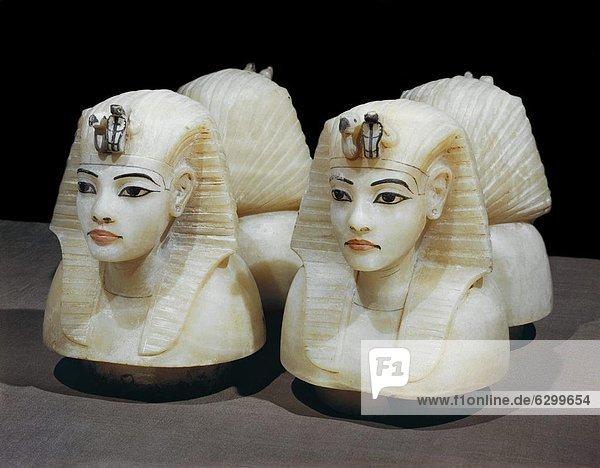 Nordafrika  4  Entdeckung  Tal  Bestattungsurne  Urne  König - Monarchie  Afrika  Ägypten  Grabmal