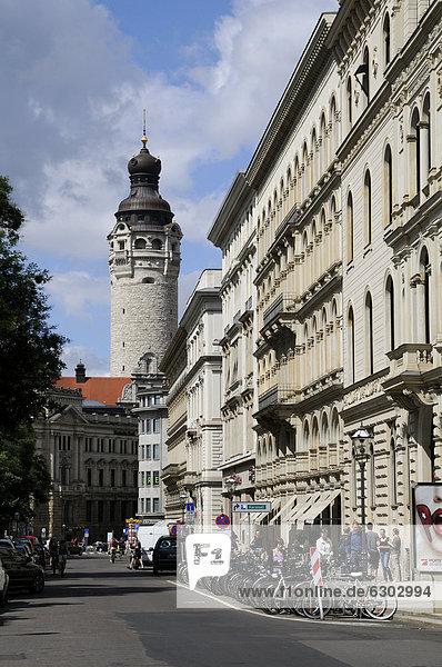 Schillerstraße  Turm des Neuen Rathauses  Leipzig  Sachsen  Deutschland  Europa