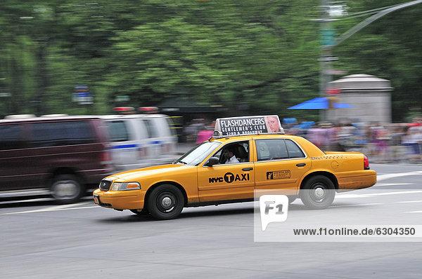 Taxi at Columbus Circle  Manhattan  New York  USA  North America  America  PublicGround