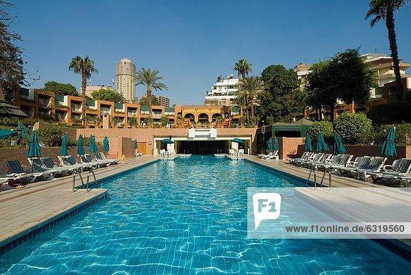 Nordafrika  Kairo  Hauptstadt  Schwimmbad  Afrika  Ägypten