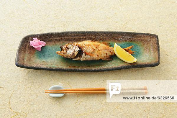 Fisch  Pisces  Eßstäbchen