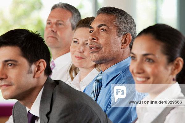 Geschäftsleute bei der Präsentation