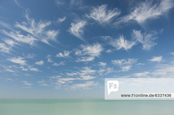 Wolke  Ruhe  über  Meer  00 Grundlegendes Wolke ,Ruhe ,über ,Meer ,00 Grundlegendes