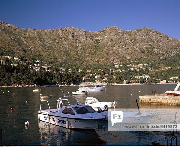 Mlini bei Dubrovnik  Dalmatien  Kroatien
