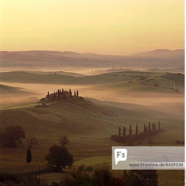 Malerische Landschaft bei San Quirico d'Orica  Toskana  Italien