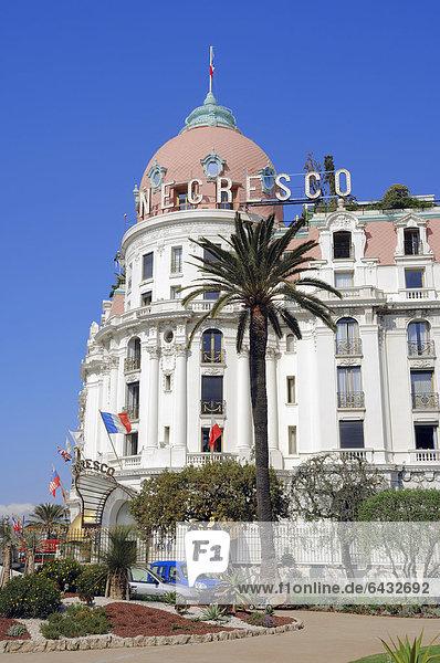 Hotel Negresco  Nizza  Alpes-Maritimes  Provence-Alpes-Cote d'Azur  Südfrankreich  Frankreich  Europa  ÖffentlicherGrund