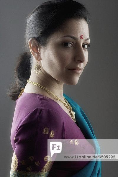Portrait  Frau  Tradition  Indianer  Kleid
