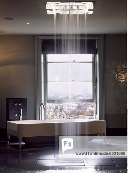 Mandatory Credit: Photo by Kilian O'Sullivan / View Pictures / Rex Features ( 880867a ) Private house daytime photograph of master bathroom London Greater London Architect: Stiff And Trevillion Architects ARCHITECTURAL STOCK