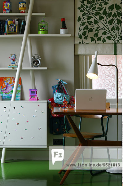 Mandatory Credit: Photo by Kilian O'Sullivan / View Pictures / Rex Features ( 880872a ) Private house daytime photograph of child's bedroom London Greater London Architect: Stiff And Trevillion Architects ARCHITECTURAL STOCK