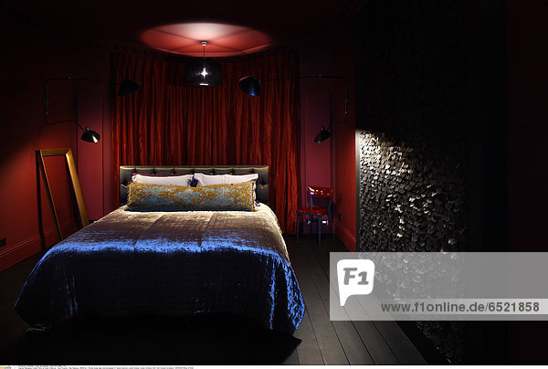 Mandatory Credit: Photo by Kilian O'Sullivan / View Pictures / Rex Features ( 880873a ) Private house night time photograph of master bedroom London Greater London Architect: Stiff And Trevillion Architects ARCHITECTURAL STOCK