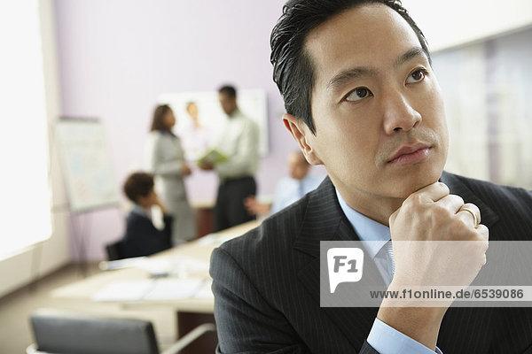 Geschäftsmann  denken