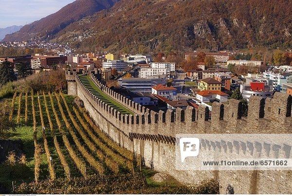 Castelgrande  Weltkulturerbe der UNESCO  in Bellinzona  Tessin  Schweiz