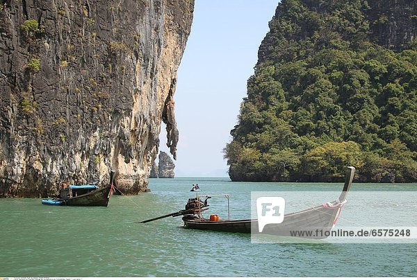 Nationalpark Ao Phang Nga  Phang Nga Bay  James Bond Felsen  Thailand *** Local Caption ***