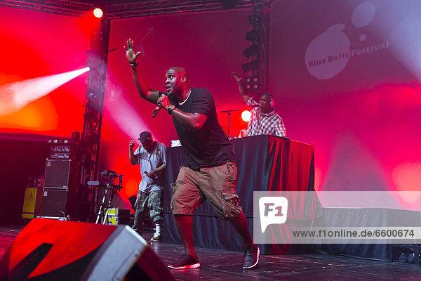 'Kelvin Mercer of the U.S.-American hip hop group ''De La Soul'' performing live at the Lucerne Hall of the KKL  Blue Balls Festival  Lucerne  Switzerland  Europe'