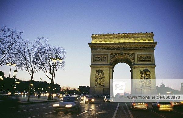 Paris  Hauptstadt  Brücke  Abenddämmerung  Straßenverkehr