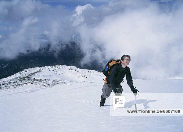 hoch  oben  Frau  Berg  Schnee  Nevada  klettern  Hang