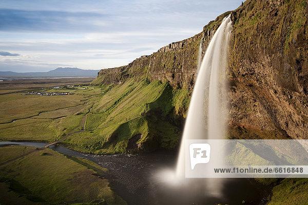 Wasserfall Seljalandsfoss  Porsmörk  Südisland  Island  Europa