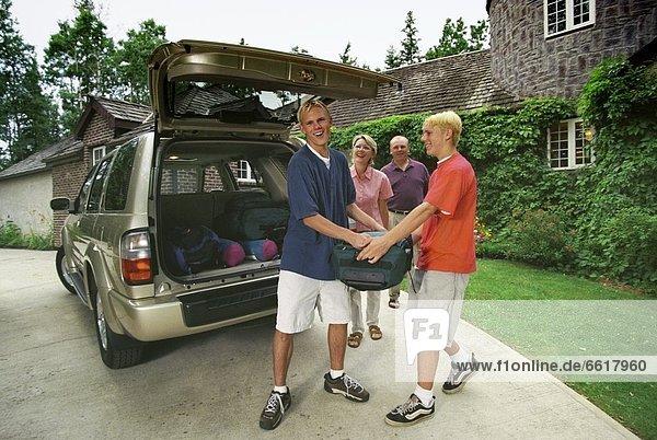 Reise  verpacken  camping