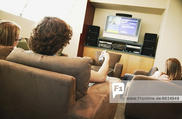 sehen Fernsehen abhängen