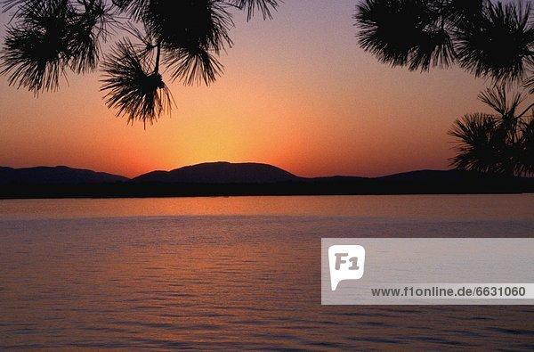 Wasser  Schönheit  Sonnenuntergang  über