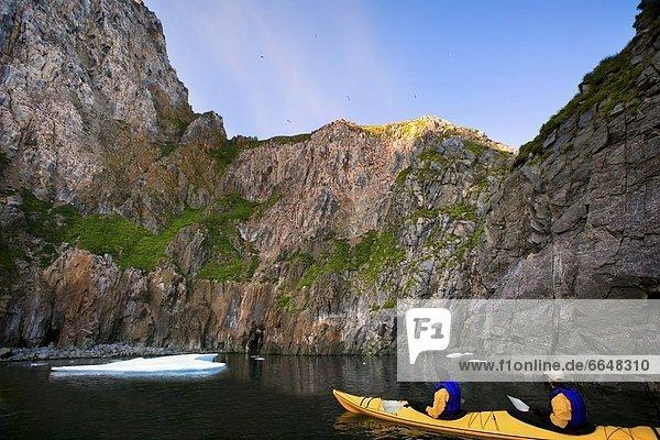 Berg See Kajakfahrer