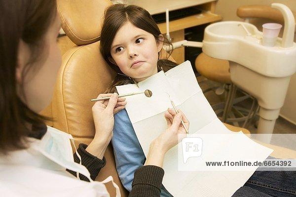 sehen Angst Zahnarzt Mädchen